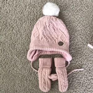 H&M hats and mittens for baby girls